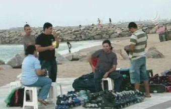 Patinadores ganham espaço na Praia de Iracema