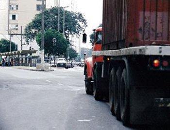 Operação Carga Pesada apreende mais de 420 mil kg de excesso de peso