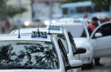 Os permissionários de táxis têm até o dia 12 de dezembro para atualizar o cadastro, que é obrigatório