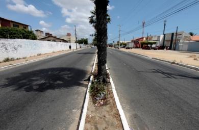 As calçadas das Avenidas Dedé Brasil e Via Expressa começam a ser padronizadas nesta semana