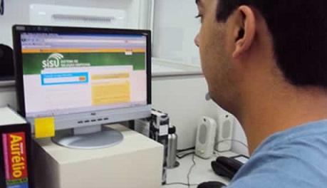 Os estudantes que prestaram o Exame Nacional do Ensino Médio (Enem) e obtiveram nota maior que zero na redação poderão se inscrever no Sistema de Seleção Unificada (Sisu) a partir do dia 7 de janeiro de 2013.