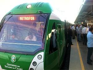 Após 20 dias sem circulação, os usuários dos trens unidade-elétrica (TUEs) da Linha Sul e do Metrô do Cariri podem voltar a usar os transportes a partir desta segunda-feira (14).
