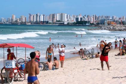 Quem vai curtir as praias de Fortaleza deve atentar aos pontos próprios para banho deste fim de semana