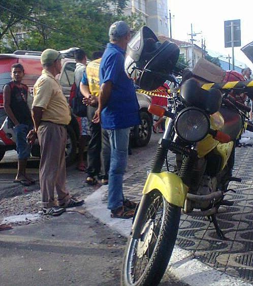 Um mototaxista foi assassinado, no Centro de Fortaleza, por volta das 6h da manhã desta quinta-feira (7).