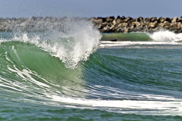 O boletim da balneabilidade da Superintendência Estadual do Meio Ambiente (Semace) desta sexta-feira (5) aponta o total de 22 praias próprias para banho neste início de férias em Fortaleza.