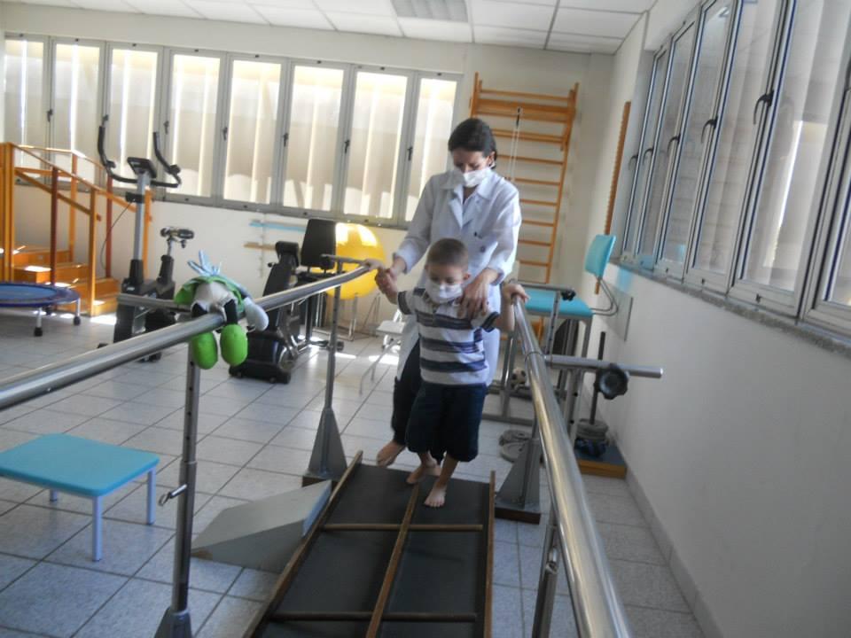Giovanni busca recursos para realizar seu sonho de voltar a andar (FOTO: Arquivo Pessoal)