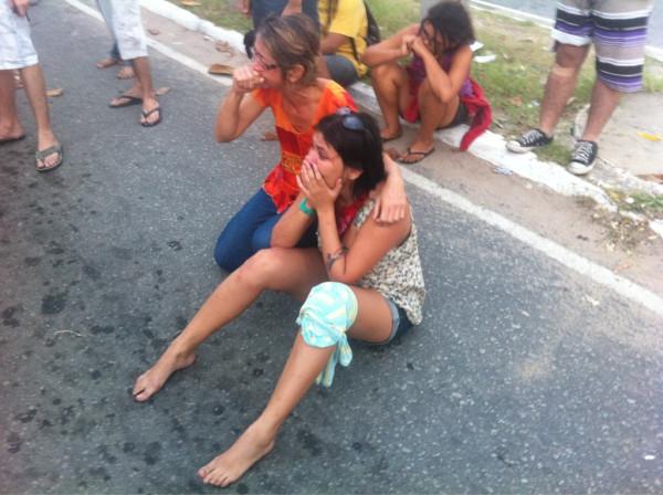 Manifestantes protestavam contra derrubada de árvores (FOTO: João Alfredo)