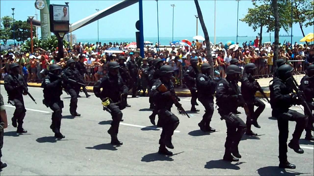 Desfile inicia às 9h na Avenida Beira-Mar (FOTO: Divulgação)