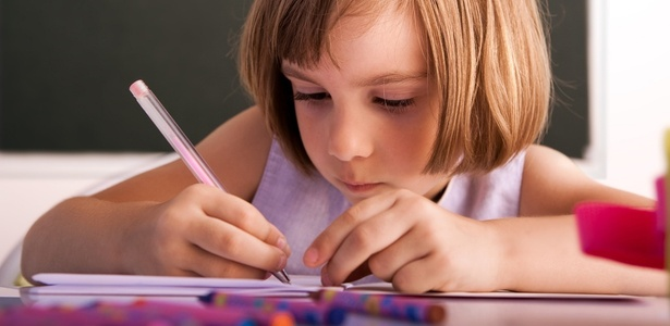 Quase 100% das crianças de 6 a 14 anos pesquisadas frequentaram a escola em 2012