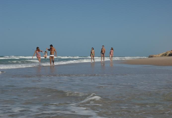 Nada melhor do que curtir uma praia no fim de semana (FOTO: Falcão Jr.)