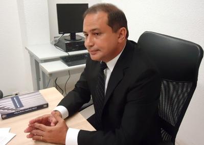 Magistrado determinou ainda a limitação de 900 presos nos estabelecimentos (FOTO: TJCE)