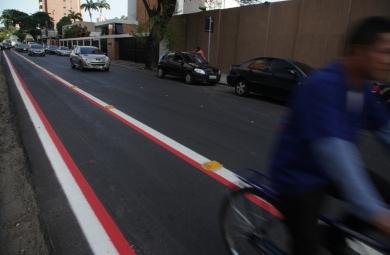A infração é considerada grave, podendo render ao motorista uma multa de R$ 574,62 (FOTO: Divulgação)