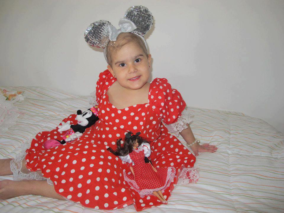 Ana Cecília lutava há dois anos contra o Linfoma Linfoblástico de células. Foto: Reprodução Facebook