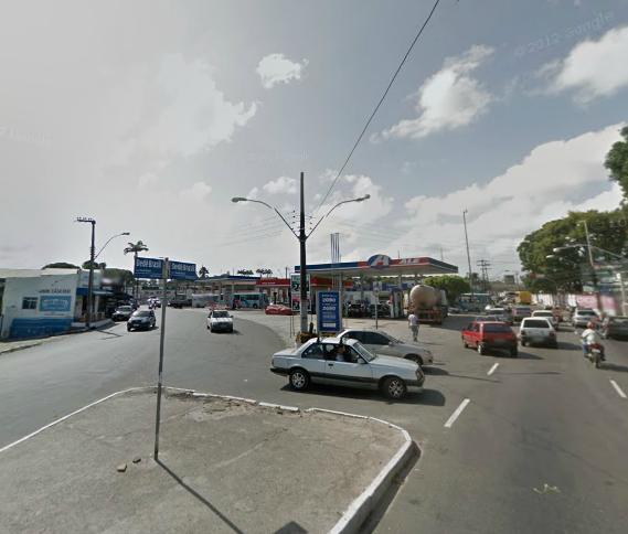 Retorno localizado na Avenida Dedé Brasil, próximo ao cruzamento com a Rua Germano Franck, será fechado (FOTO: Reprodução Google Maps)