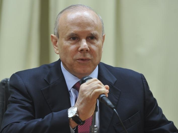 Mantega rebate críticas de Cid Gomes (FOTO: Agência Brasil)