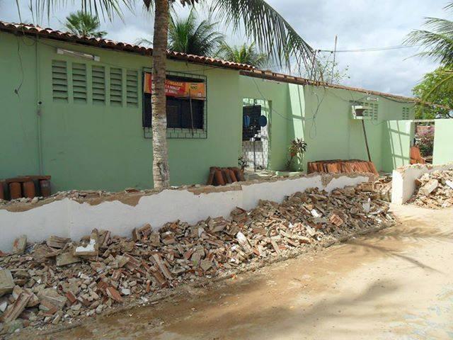Posto de Saúde Abner Cavalcante está sem funcionamento desde Maio deste ano devido a falhas estruturais. (Foto: Divulgação)