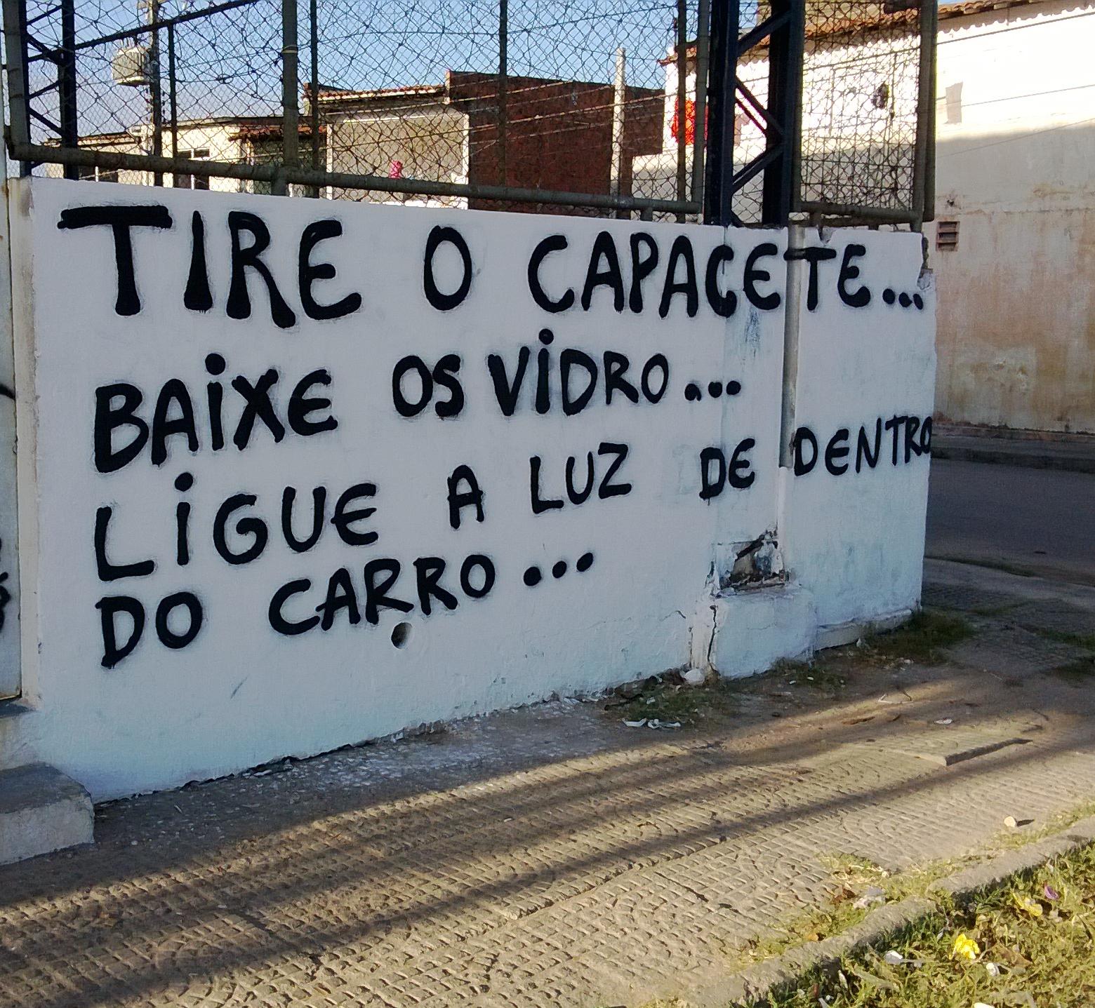 Mensagem amedronta motoristas que trafegam na área (FOTO: Divulgação)