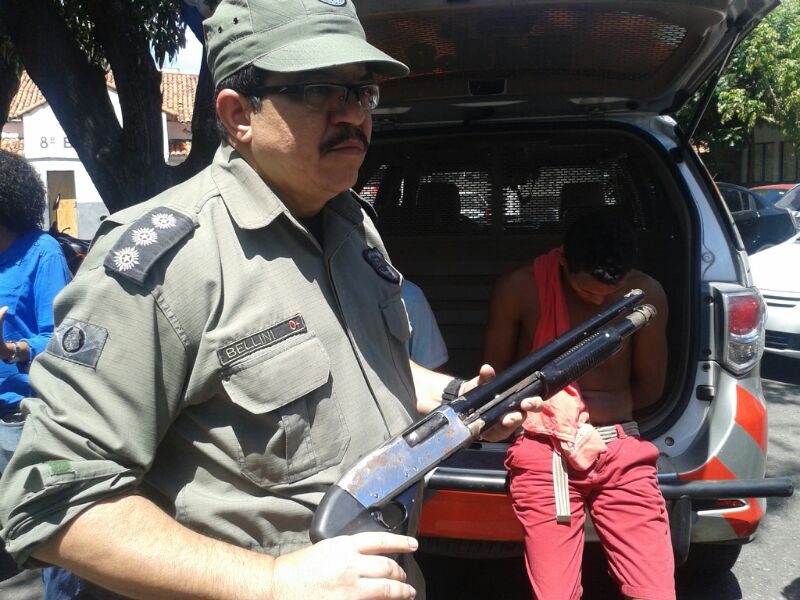 Polícia prende acusados de realizar assalto na Avenida Padre Antônio Tomás