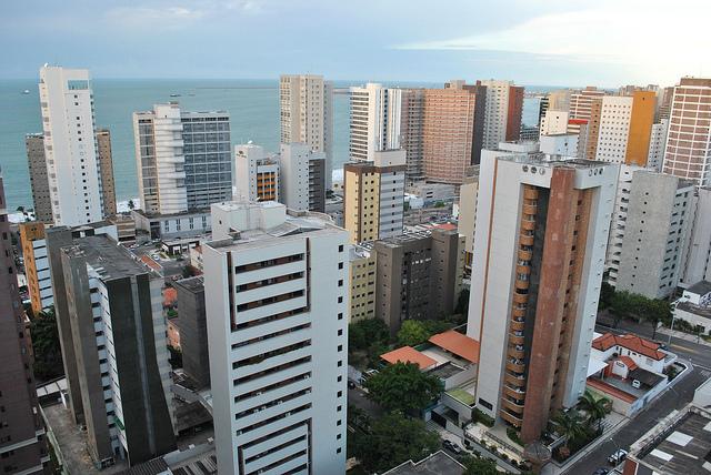 Os dez bairros mais ricos de Fortaleza têm renda pessoal de 26% da cidade, segundo o Instituto de Pesquisa e Estratégia Econômica do Ceará (Ipece)