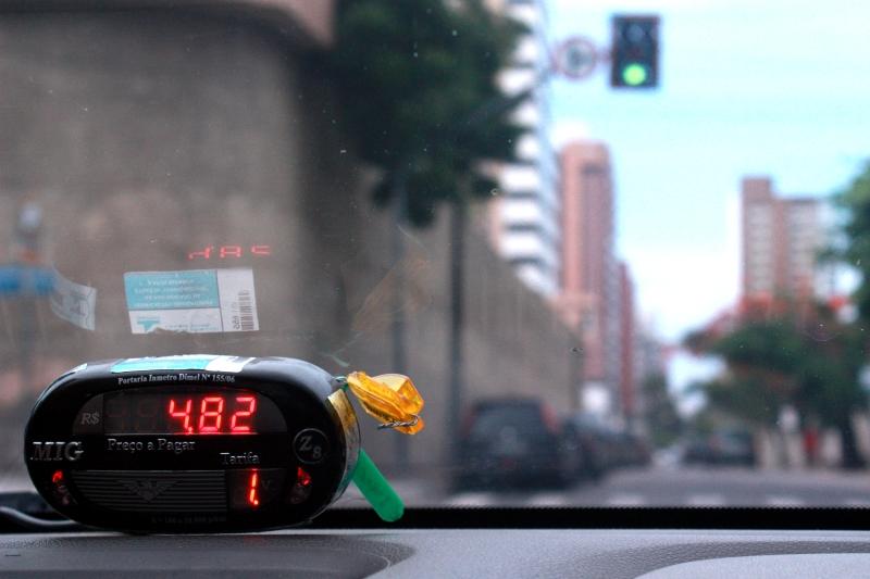 Cerca de 30% dos taxistas já usam o aplicativo (FOTO: Camila Vasconcelos)