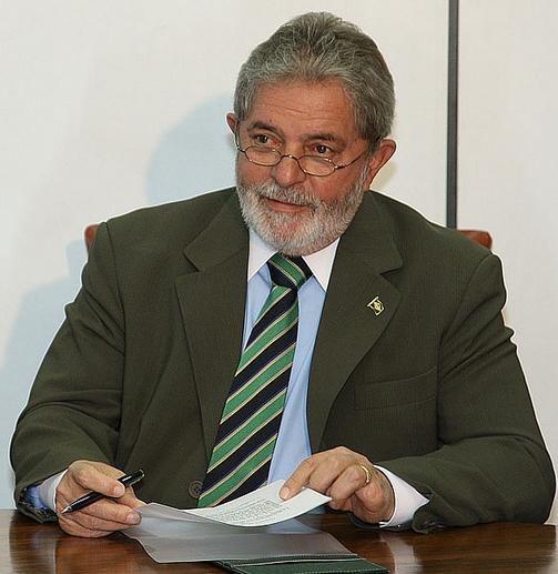 Apoio de ex-presidente garante prestígio político importante para as eleições