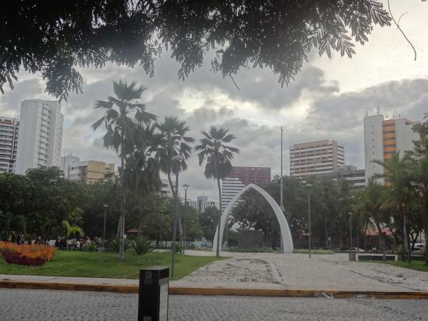 Plano da Prefeitura de Fortaleza é transformar Praça Portugal em cruzamento (FOTO: Marcella Ruchet/ Tribuna do Ceará)