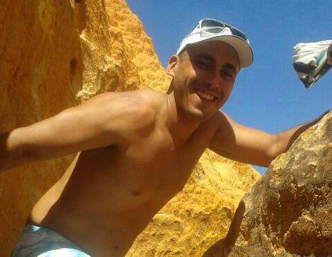 Jovem era estudante da FIC, em Fortaleza (FOTO: Reprodução/Facebook)