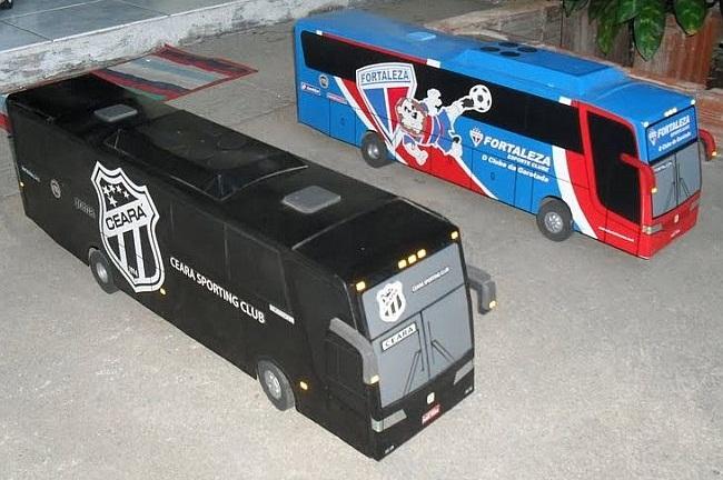 Apaixonados por ônibus