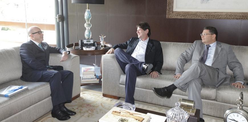 Cid faz reuniões com embaixadores da China e da Grécia (FOTO: Divulgação)