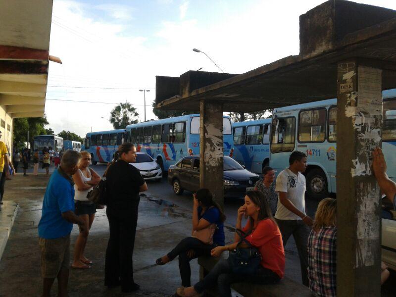 Maioria dos assaltos acontece diretamente com o cobrador (FOTO: Márcio Lima/Whatsapp)
