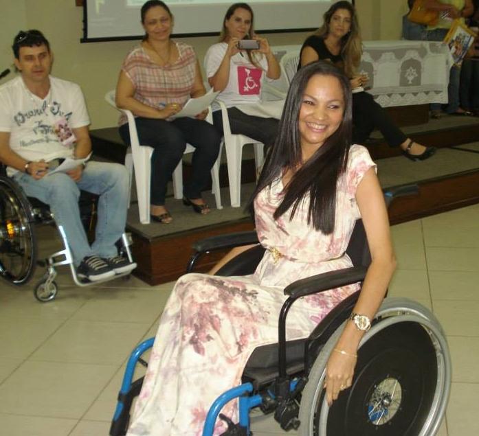Cadeirante atua como modelo em Fortaleza (FOTO: Arquivo pessoal)