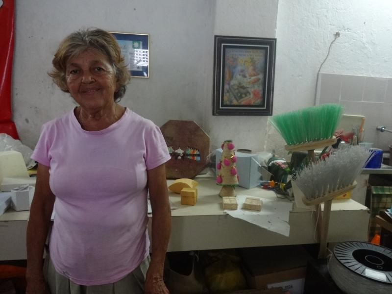Dona Francinete tem 70 anos e dedica sua vida á ideia de mudar o mundo (FOTO: Tribuna do Ceará/ Hayanne Narlla)