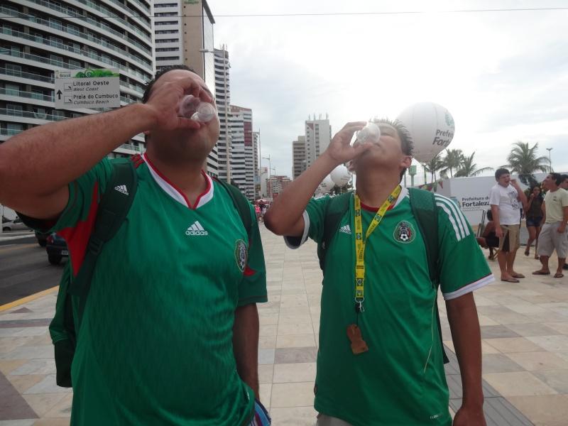Mexicanos toparam desafio de descobrir qual a melhor bebida: cachaça ou tequila? (FOTO: Tribuna do Ceará Wolney Batista)