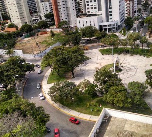 Vereadores aprovaram projeto que prevê destruição da Praça Portugal e criação de um cruzamento (FOTO: Adriano Macedo)