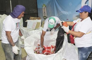 Material coleto foi encaminhado para o Complexo de Triagem do Jangurussu (FOTO: Divulgação/Prefeitura de Fortaleza)