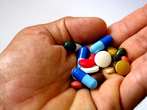 Os critérios estabelecidos pelo Ministério da Saúde e a Câmara de Regulação do Mercado de Medicamentos (CMED) na seleção das substâncias que terão o benefício levam em consideração as patologias crônicas e degenerativas (FOTO: REPRODUÇÃO/FLICKR CREATIVE COMMONS)
