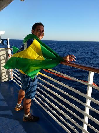Torcendo pelo Brasil durante a Copa do Mundo de 2014. (FOTO: Arquivo Pessoal)