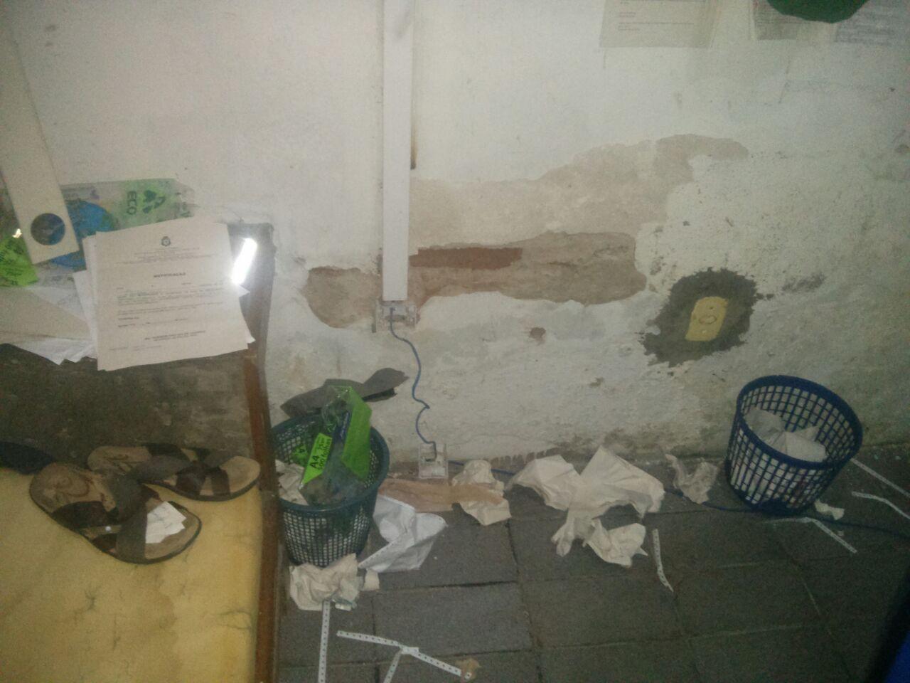 Sede da delegacia de Iguatu está em condições precárias (FOTO: Sinpol)
