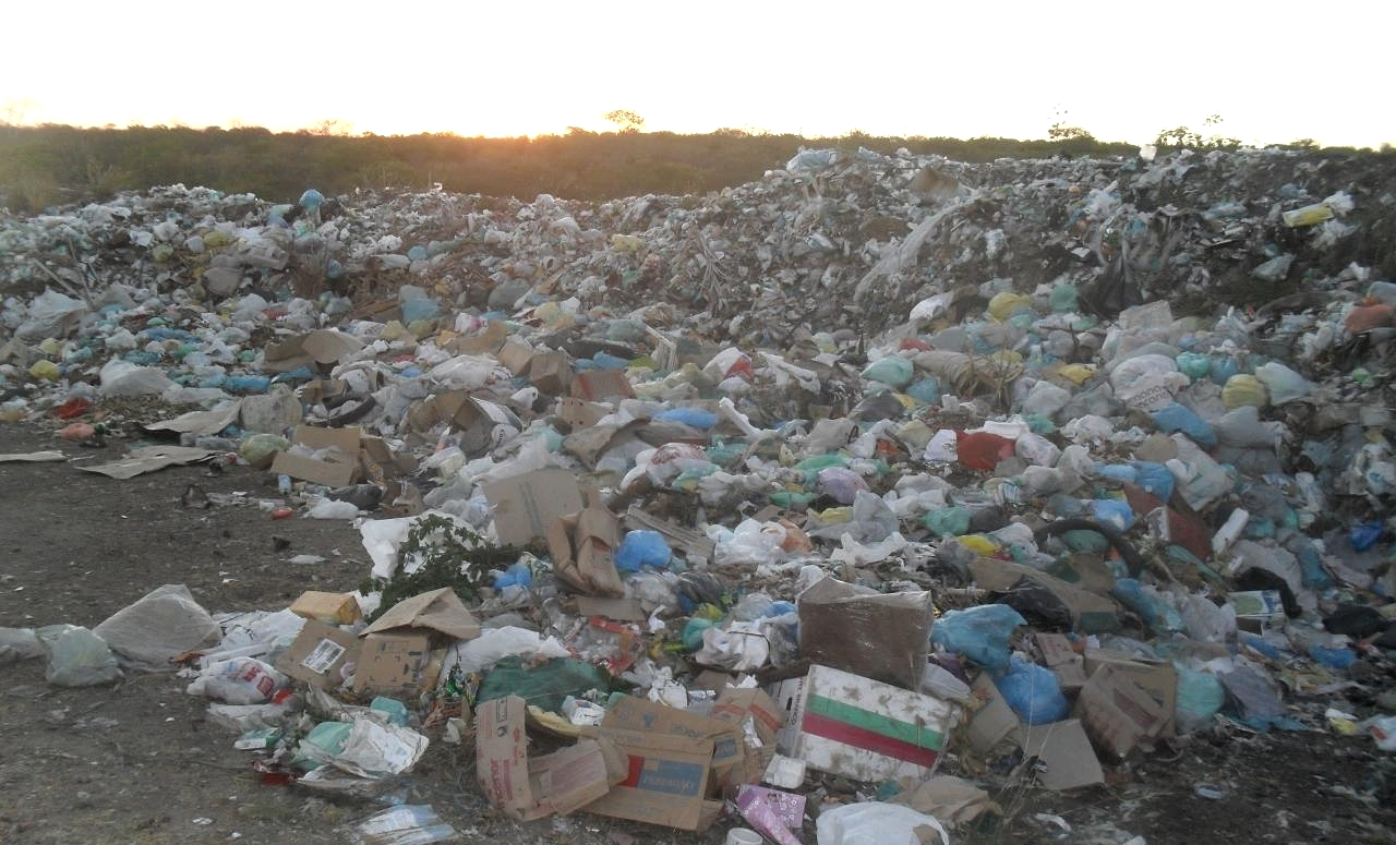 Ceará ainda possui 208 lixões ativos (FOTO: Flickr/Creative Commons/Paulo Marcos)