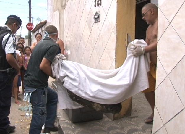 Caso aconteceu na sexta-feira e vem deixando moradores assustados (FOTO: Reprodução/TV Jangadeiro)