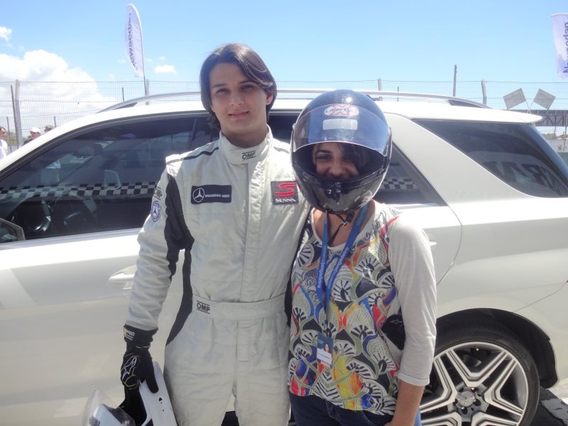 Com o piloto Bruno, após a corrida (FOTO: Silvio Mauro)