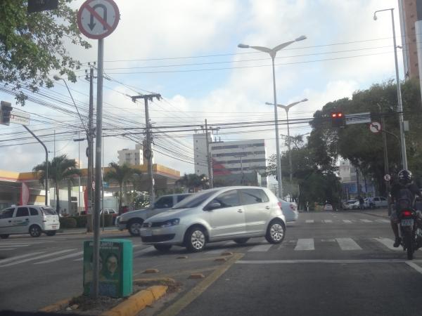 Tribuna do Ceará fez registros nas avenidas Desembargador Moreira, Barão de Sturdat e 13 de Maio (FOTO: Hayanne Narlla/ Tribuna do Ceará)