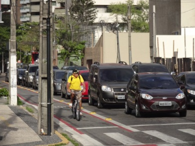 Serviço de compartilhamento de bicicletas está previsto para o final de outubro. (FOTO: Tribuna do Ceará)