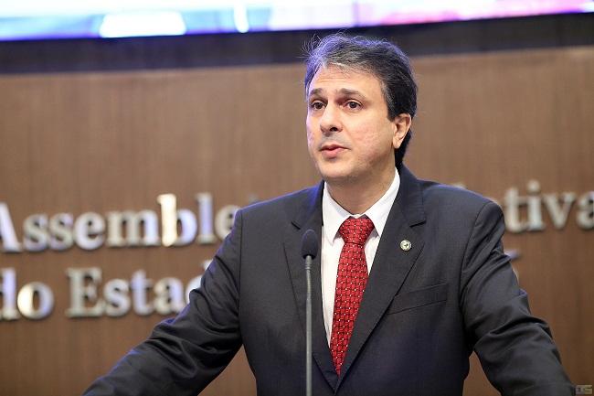 Camilo Santana foi prefeito de Barbalha, deputado estadual e secretário do Governo do Estado (Foto: Divulgação)