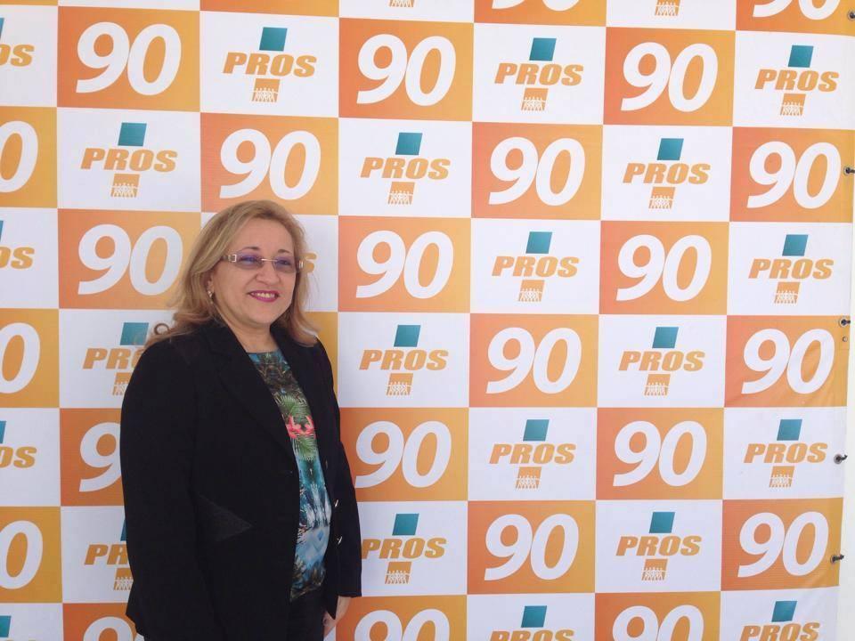 Eliane Brasileiro (Pros)