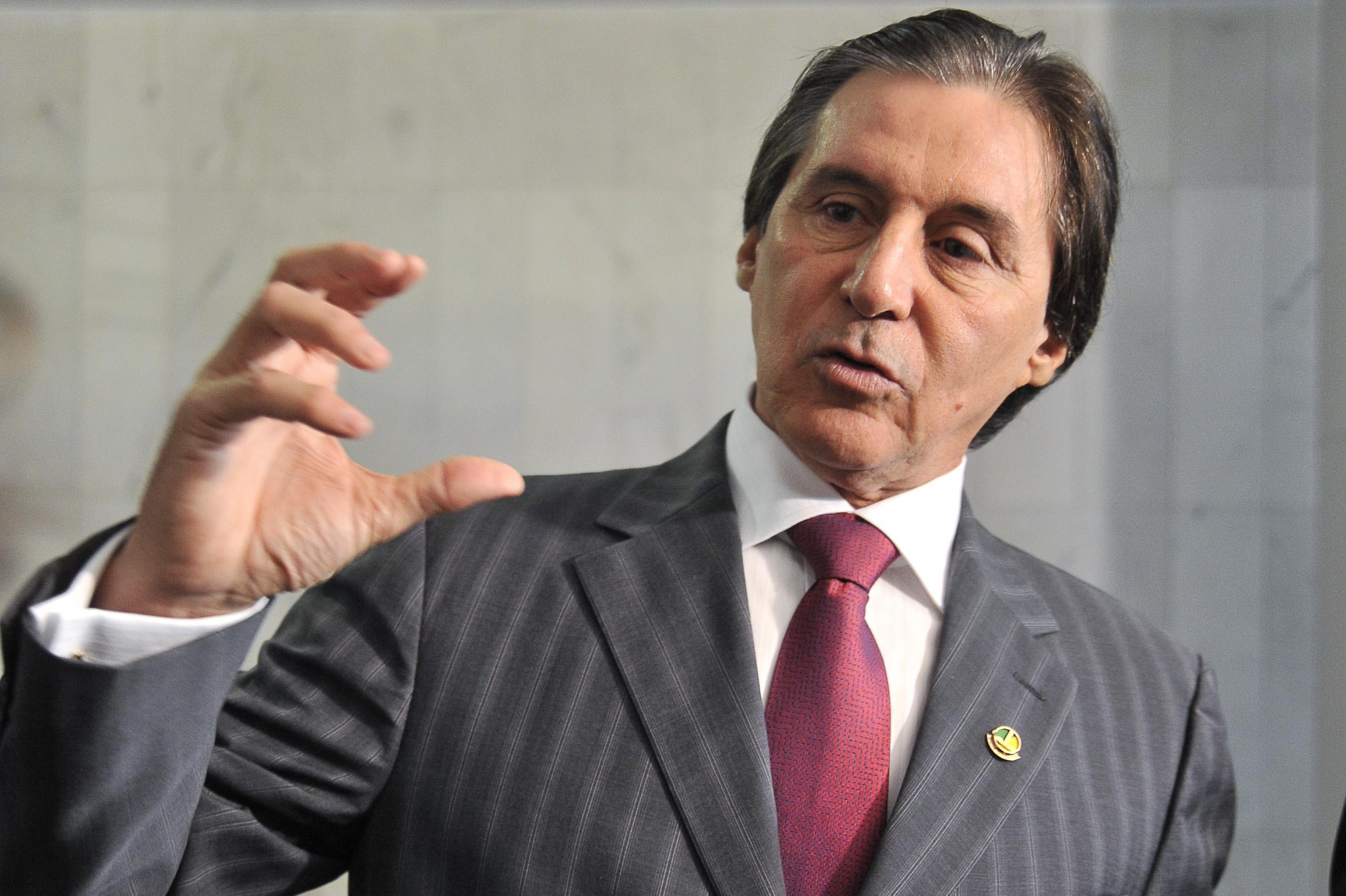 O senador Eunício Oliveira disputa o governo do Ceará. (Foto: Tribuna do Ceará)