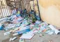 Assim como acontece em todo ano de eleição, muitos santinhos foram jogados nas ruas