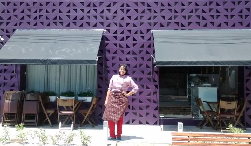 Possina Siqueira abriu o próprio negócio logo depois de se formar; loja faz sucesso na Região do Cariri (FOTO: Divulgação/UFCA)