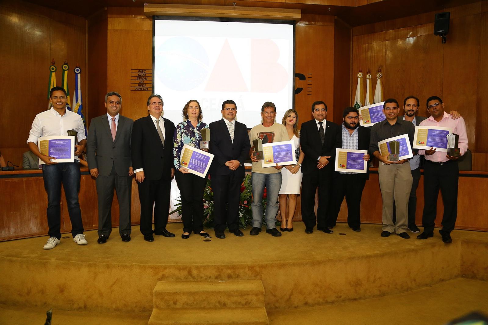 Este ano, o tema do prêmio de jornalismo foi Morosidade do Judiciário: atentado à cidadania e teve o objetivo de estimular o debate sobre a temática do Direito associado ao viés da Justiça Social (FOTO: Divulgação/OAB/CE)