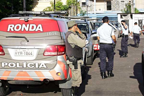 O estudo foi produzido com base em dados de 2012 e estima que mais de 42 mil adolescentes correm risco de serem assassinados nos municípios brasileiros com mais de cem mil habitantes (FOTO: Divulgação)